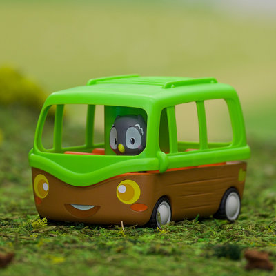 FAT BRAIN TOYS TIMBER TOTS ADVENTURE BUS