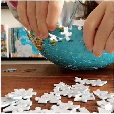RAVENSBURGER USA WORLD GLOBE 3D PUZZLE