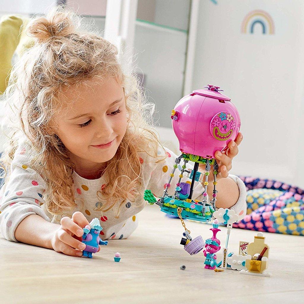 LEGO POPPY'S HOT AIR BALLOON ADVENTURE