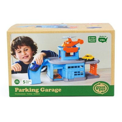 GREEN TOYS RECYCLED PARKING GARAGE