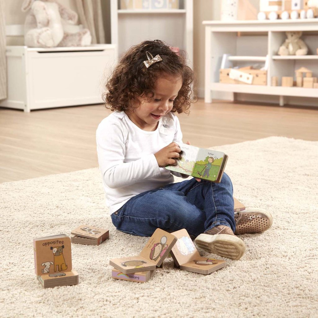 MELISSA AND DOUG GREEN START BOOK TOWERS: LITTLE LEARNING BOOKS BB IKIDS