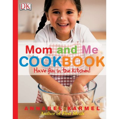 DK PUBLISHING MOM AND ME COOKBOOK