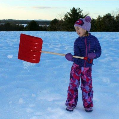 FLEXIBLE FLYER SNOW SHOVEL