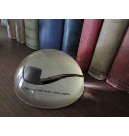 Parastone Magritte Ceci N'est Pas Une Pipe Paperweight