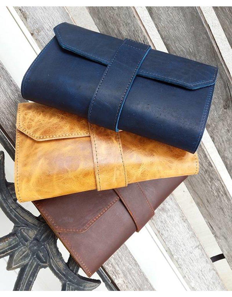 Lombardos Leather Distressed Tan Cigar Case
