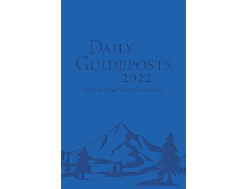 Daily Guideposts 2022 Leather Edition