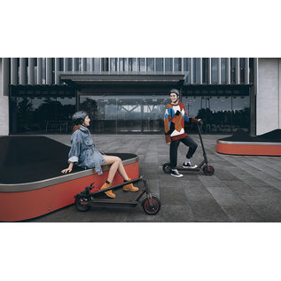 Xiaomi Mi Electric Scooter Pro - Black