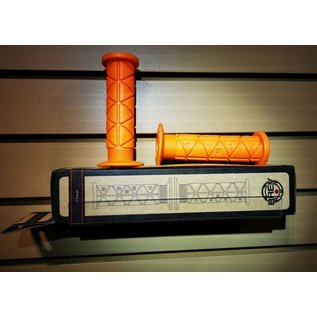 BREV. M Triangolo Grips - Hi Flange - Orange
