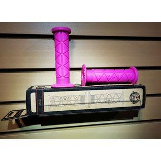 BREV. M Triangolo Grips - Hi Flange - Pink