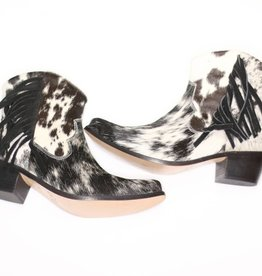 Punchy's PRE-ORDER / Cowhide Ankle Boot