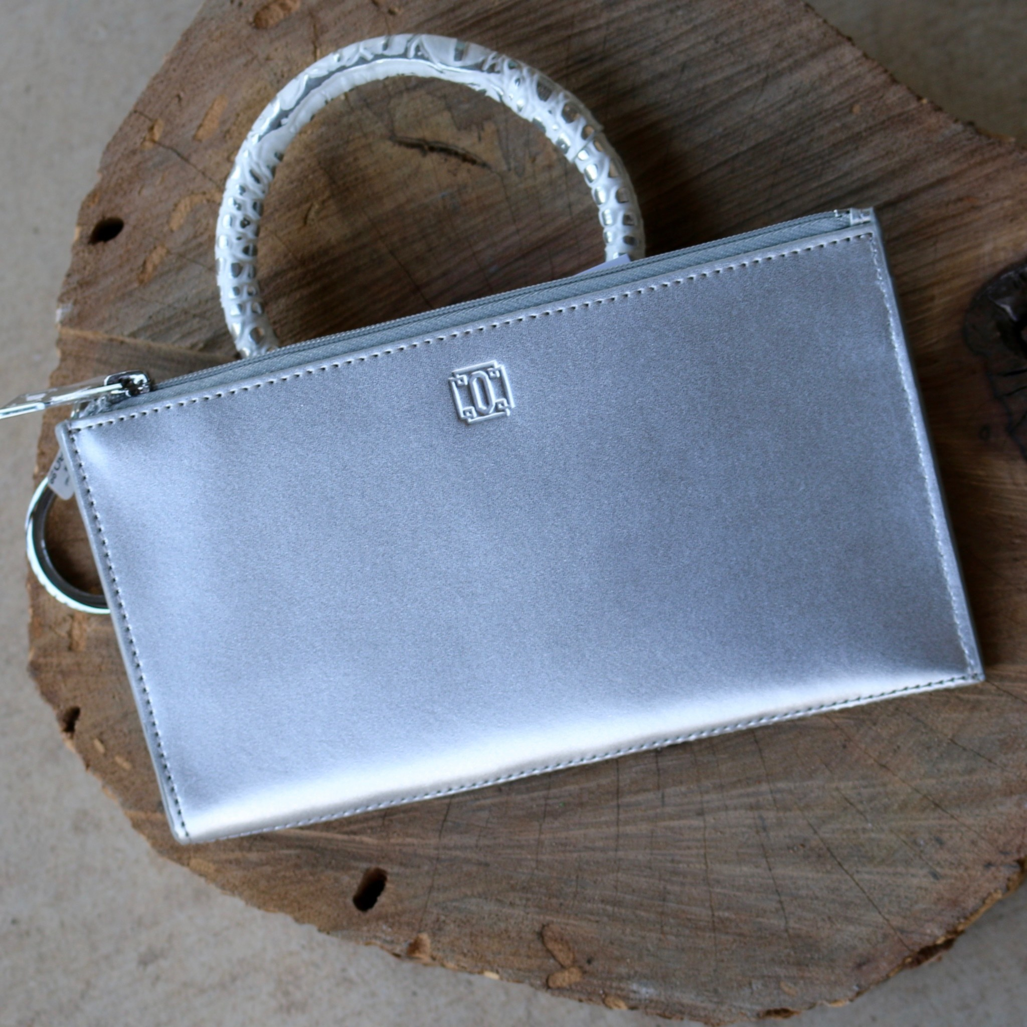 Punchy's Big Ossential Plus Wallet Signature Leather
