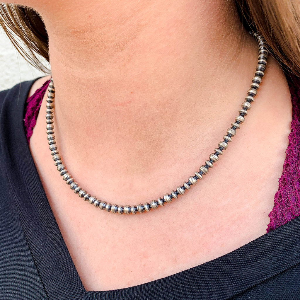 Punchy's 18in 4mm Round and Saucer Navajo Pearl Necklace