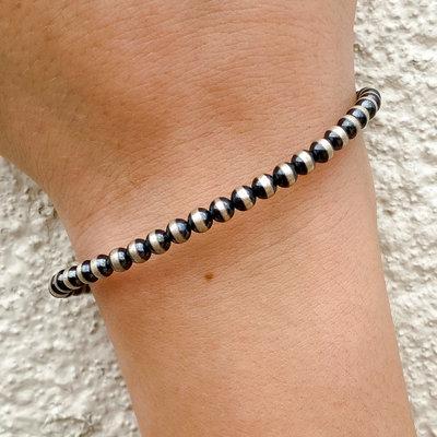 Punchy's 4mm Adjustable Navajo Pearl Bracelet
