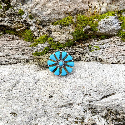 Punchy's Turquoise Needlepoint Flower Ring