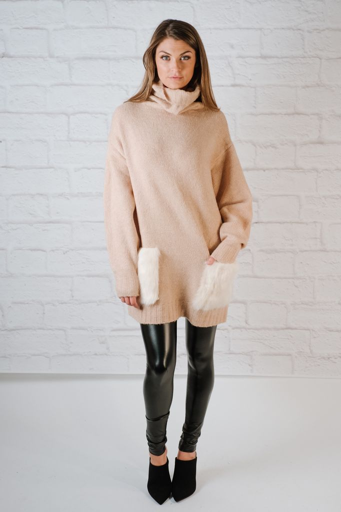 Sweater Oversized Fur Pocket Knit