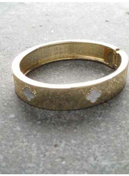 Gold Gold clover bangle