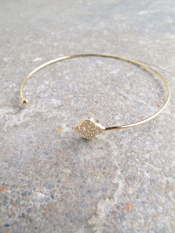 Gold Dainty gold clover bangle