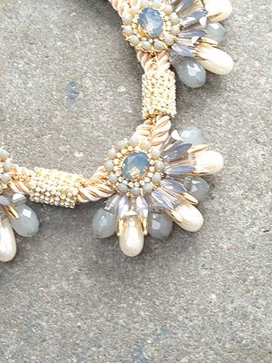 Trend Rope and petal necklace