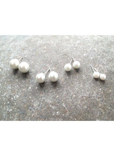 Stud Classic pearl studs