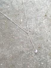 Short Silver leaf Y necklace