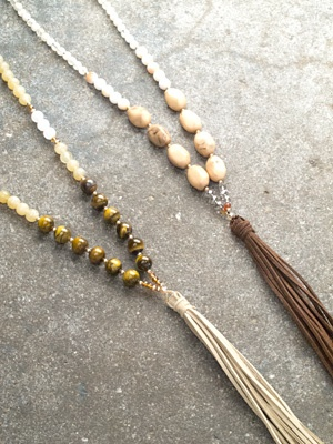 Trend Suede fringe necklace *2 COLORS