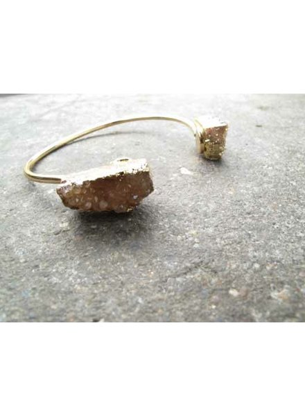 Gold Raw stone bangle