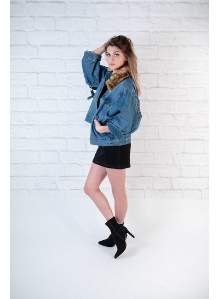 Lightweight Fur Collared Cutout Jacket