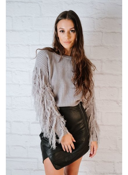 Sweater Fringed arm knit