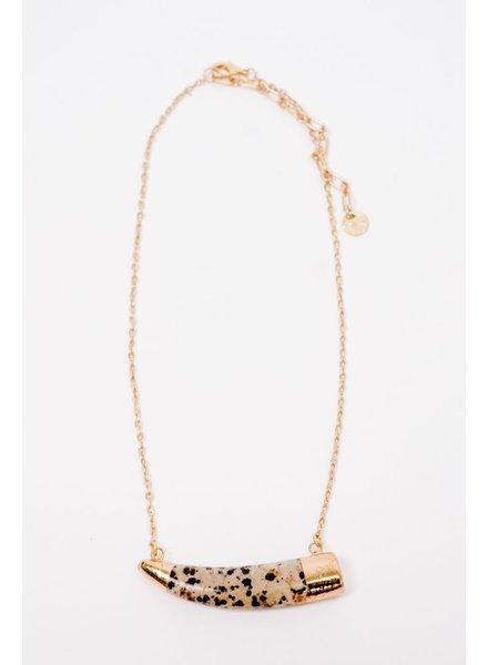 Short Tusk Shaped Pendant Necklace
