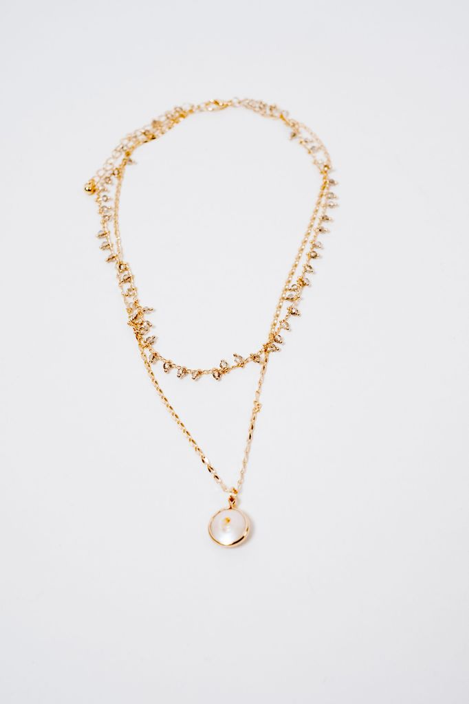 Short Gold Layered Pearl Necklace