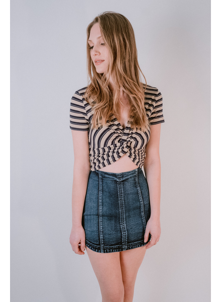 T-shirt Striped Twisit Front Top