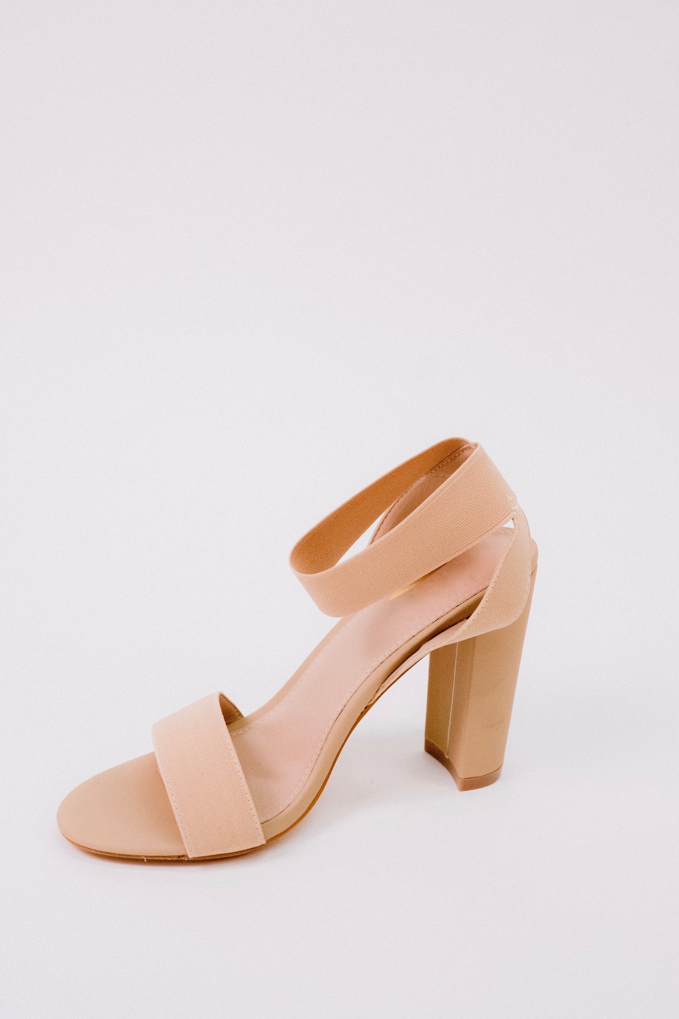 Pump Nude Ankle Wrap Heel