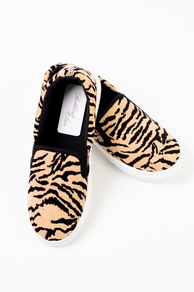 Flat Tiger Slip-On Sneaker