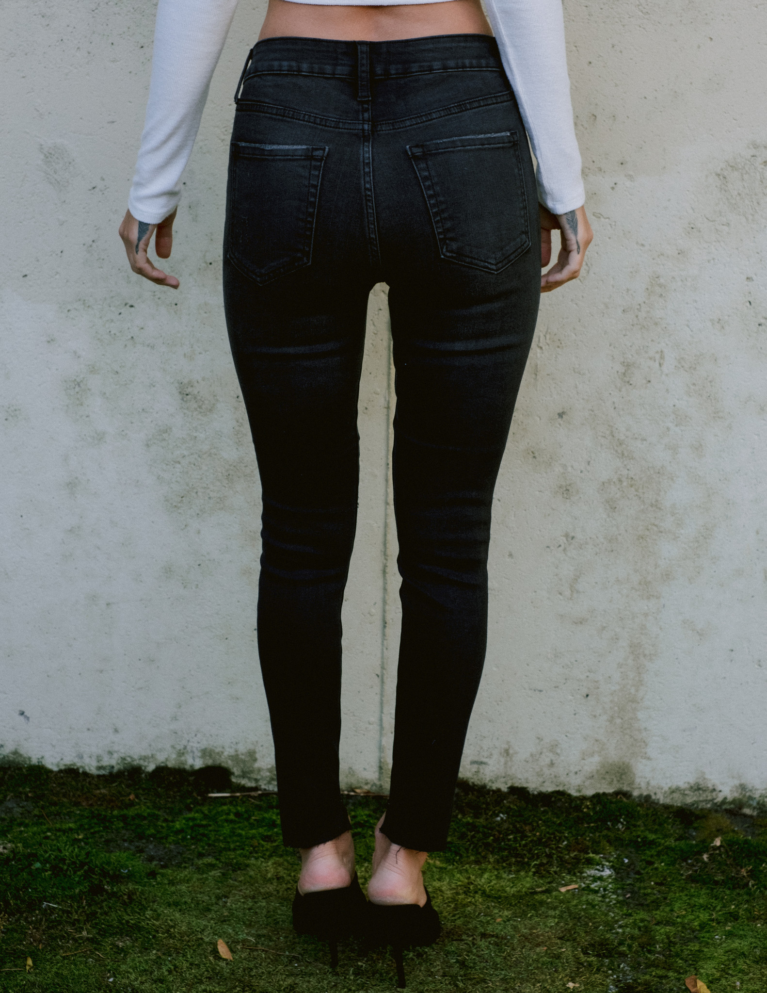 Jeans Washed Black Step Hem Skinny