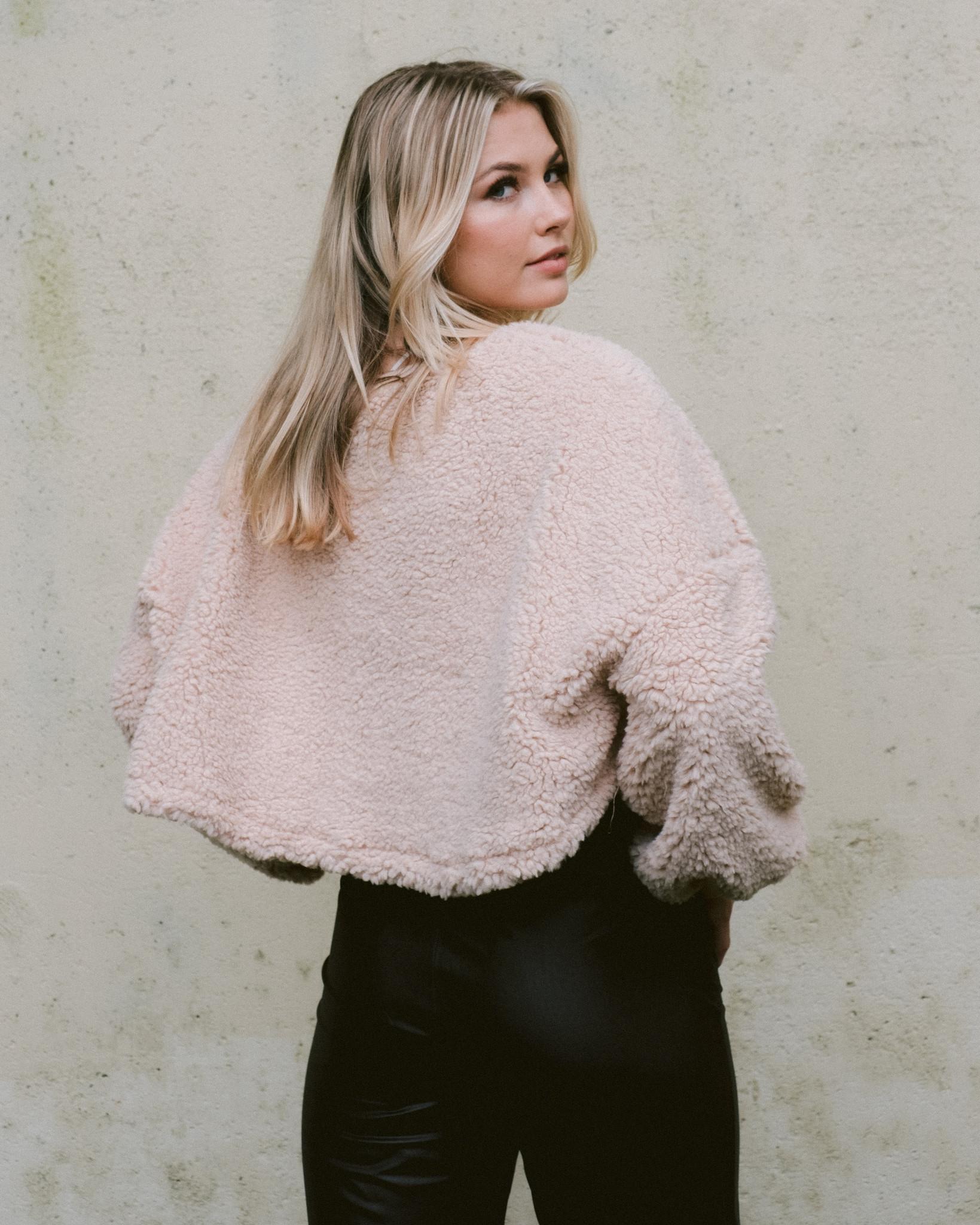 Sweatshirt Fuzzy Bear Pullover