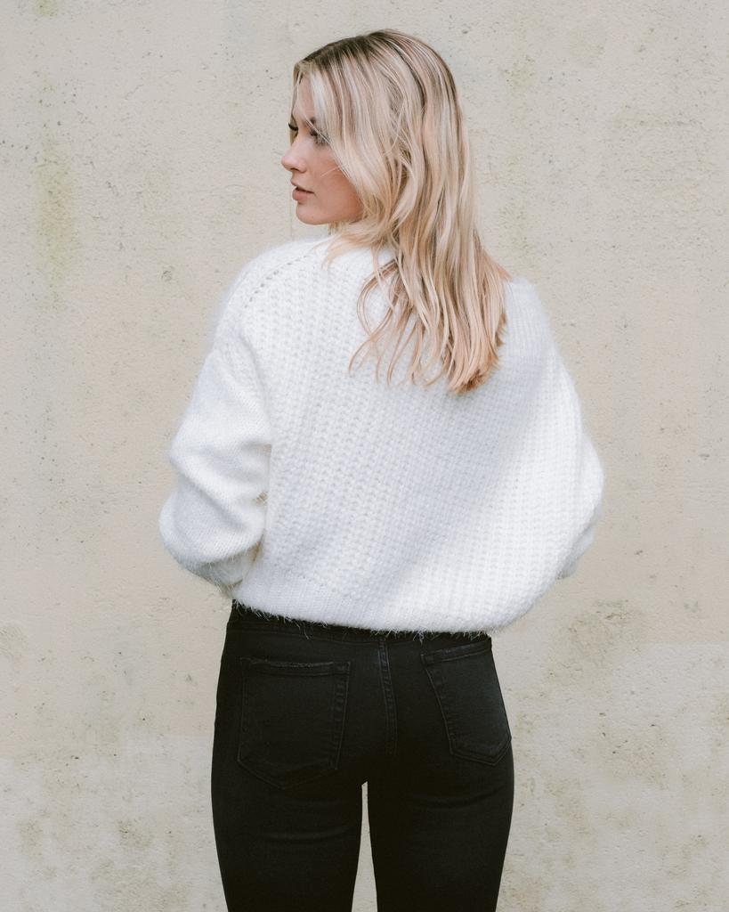 Sweater Snowy Boatneck Knit