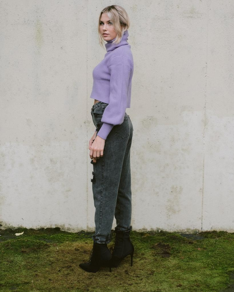 Sweater Lavender Mountain Knit