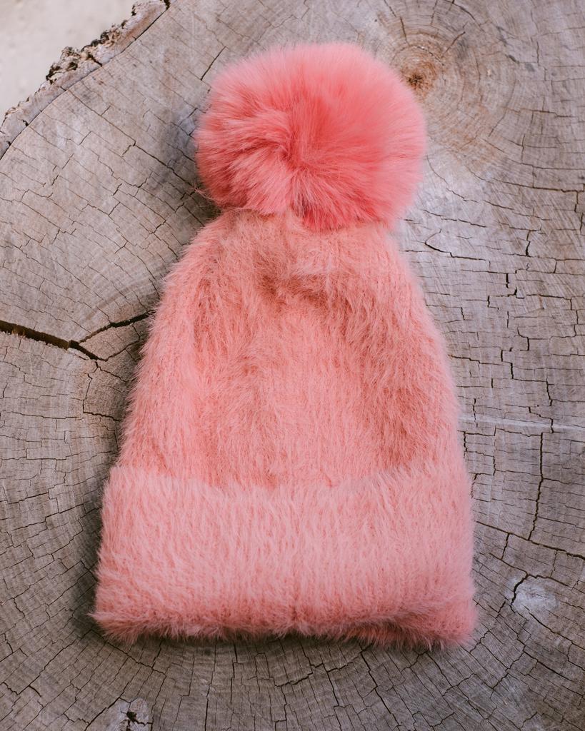 Winter Bubblegum Pom Hat