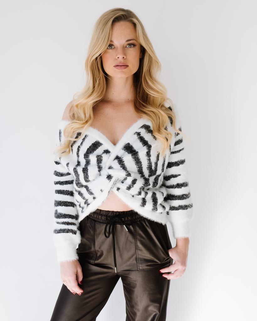 Knit Zebra Reversible Knit