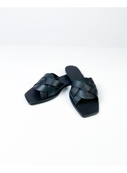 Sandal Black Squared Off Slides
