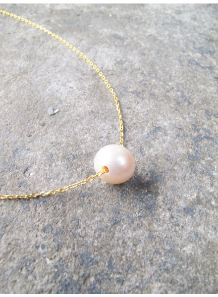 Sterling Gold plated single pearl necklace
