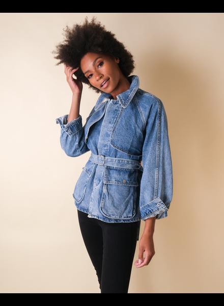 Lightweight Street Chic Denim Jacket