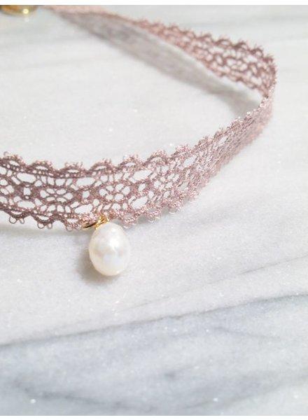 Choker Mauve lace pearl choker