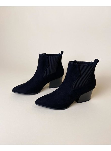 Bootie Walking In Memphis Booties