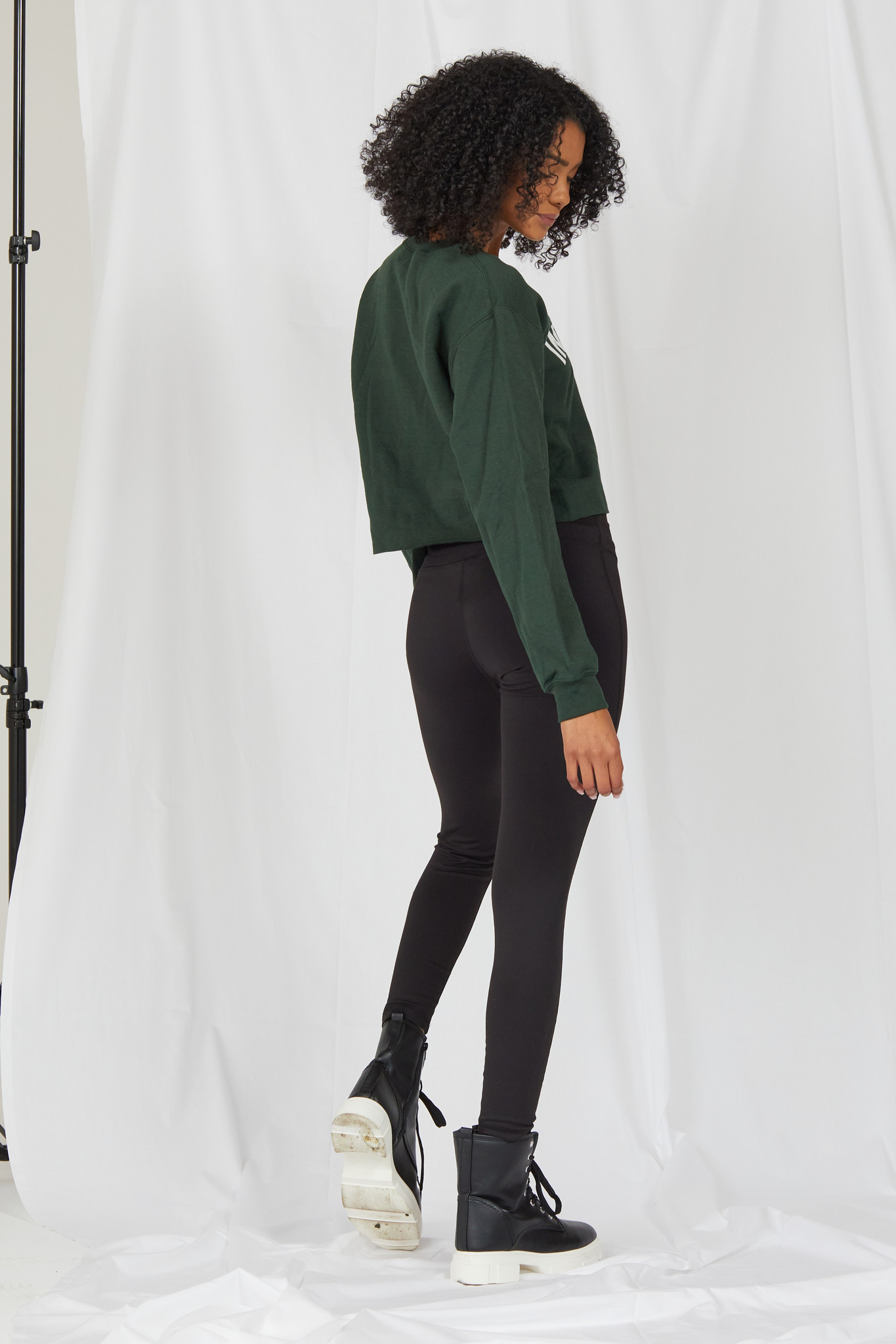 Sweatshirt Indoorsy Cropped Pullover