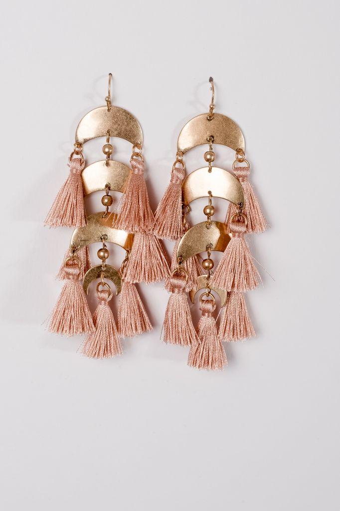 Trend Neutral tassel trend earrings