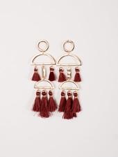 Trend Maroon tassel trend earrings