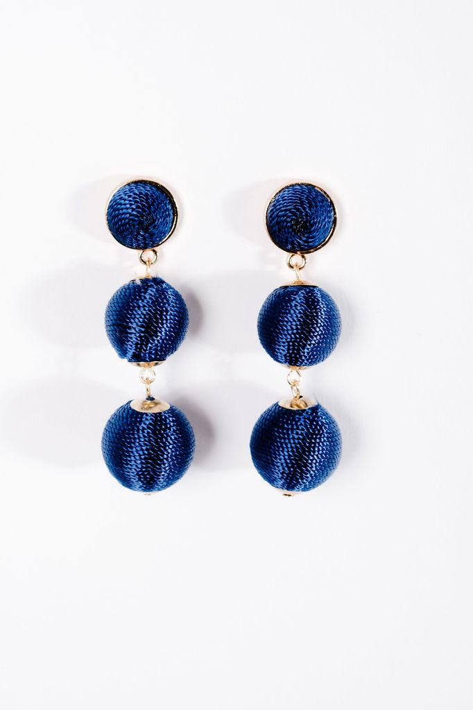 Trend Blue graduated sphere drop earrings