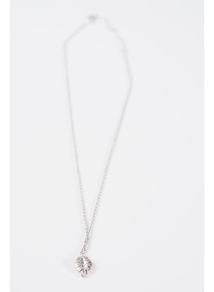 Short Mini leaf necklace