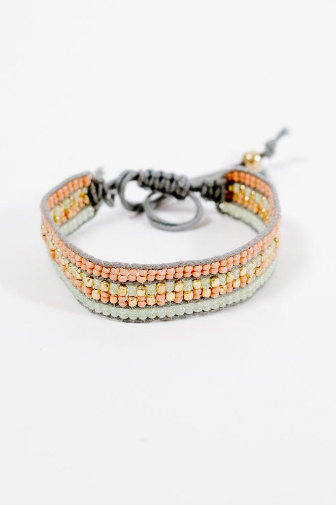 Trend Pastel beaded slide bracelet